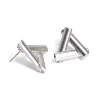 【1ペア】チタン芯!LUXU〜ボリューム三角形マッドシルバーピアス、パーツ