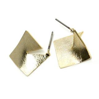 【1ペア】チタン芯!左右!立体的な3Dスクエア形ゴールドピアス、パーツ