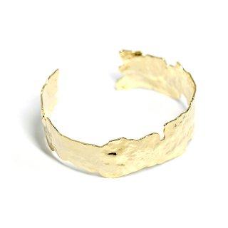 【1個】手作り感あるデザインの真鍮製ゴールドバングル、ブレスレット