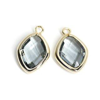 【2個入り】Black Diamondカラーガラス16mmダイヤモンド形ゴールドチャーム