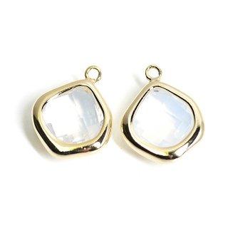 【2個入り】White Opalカラーガラス15mmマロン形ゴールドチャーム