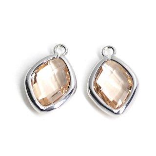 【2個入り】Light Peachカラーガラス16mmダイヤモンド形シルバーチャーム