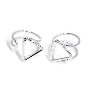 【1個】存在感ある三角形モチーフのシルバーフリーリング、指輪
