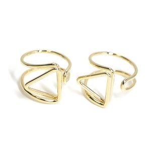 【1個】存在感ある三角形モチーフのゴールドフリーリング、指輪