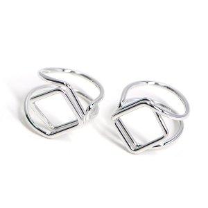 【1個】存在感ある四角形モチーフのシルバーフリーリング、指輪