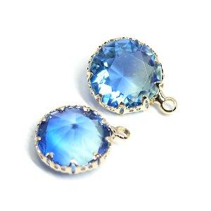 【1個】アクア&ブルーの2色ガラス円形ゴールドチャーム