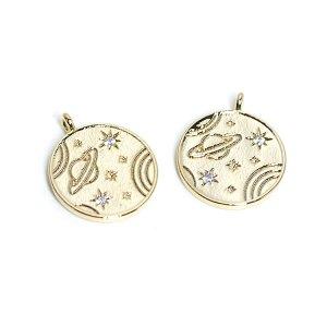 【2個入り】煌くCZ付き宇宙モチーフのコイン!光沢ゴールドチャーム、パーツ
