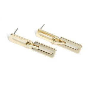 【1ペア】チタン芯!動く大きさ違い三つの長方形ゴールドピアス、パーツ