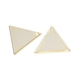 【2個入り】つるんとした約15mm三角形真鍮製ゴールドチャーム NF
