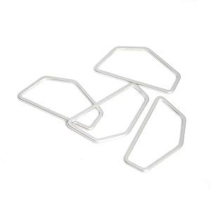 【1個】シンプルな五角形のマットシルバーチャーム、コネクター NF