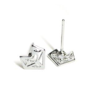 【1ペア】約8mmシンプルダイヤモンド形シルバーニッケルフリーピアス NF