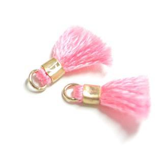【4個入り】刺繍糸tasselサクラ桜ピンクカラーMediumタッセル、チャーム