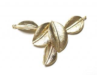 【1個】バラして使える繊細な五つリーフモチーフのマットゴールドコネクター、チャーム