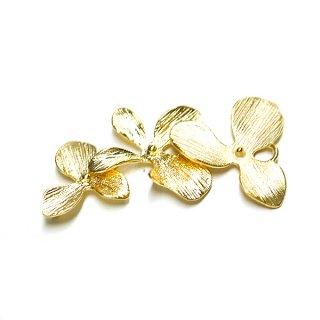 【1個】バラして使えるTriple Flower(トリプルフラワー)マットゴールドチャーム、パーツ