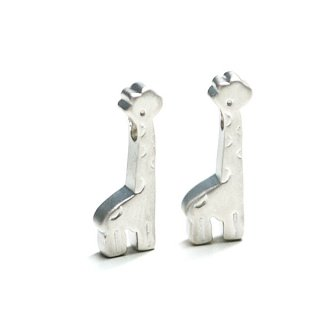 【2個入り】Giraffe キリンモチーフのマットシルバーチャーム、パーツ