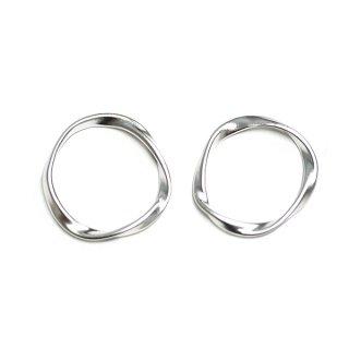 【2個入り】メビウスの輪〜マットシルバーチャーム、パーツ