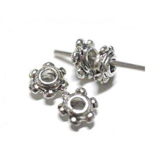 【30個入り】プチ歯車「gear」形 銀古美アンチックスペーサー金具、パーツ