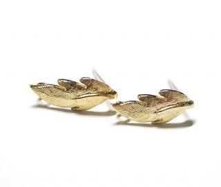 【2個(1ペア)】Featherフェザーマットゴールド シルバー925芯カン付きポスト、ピアス