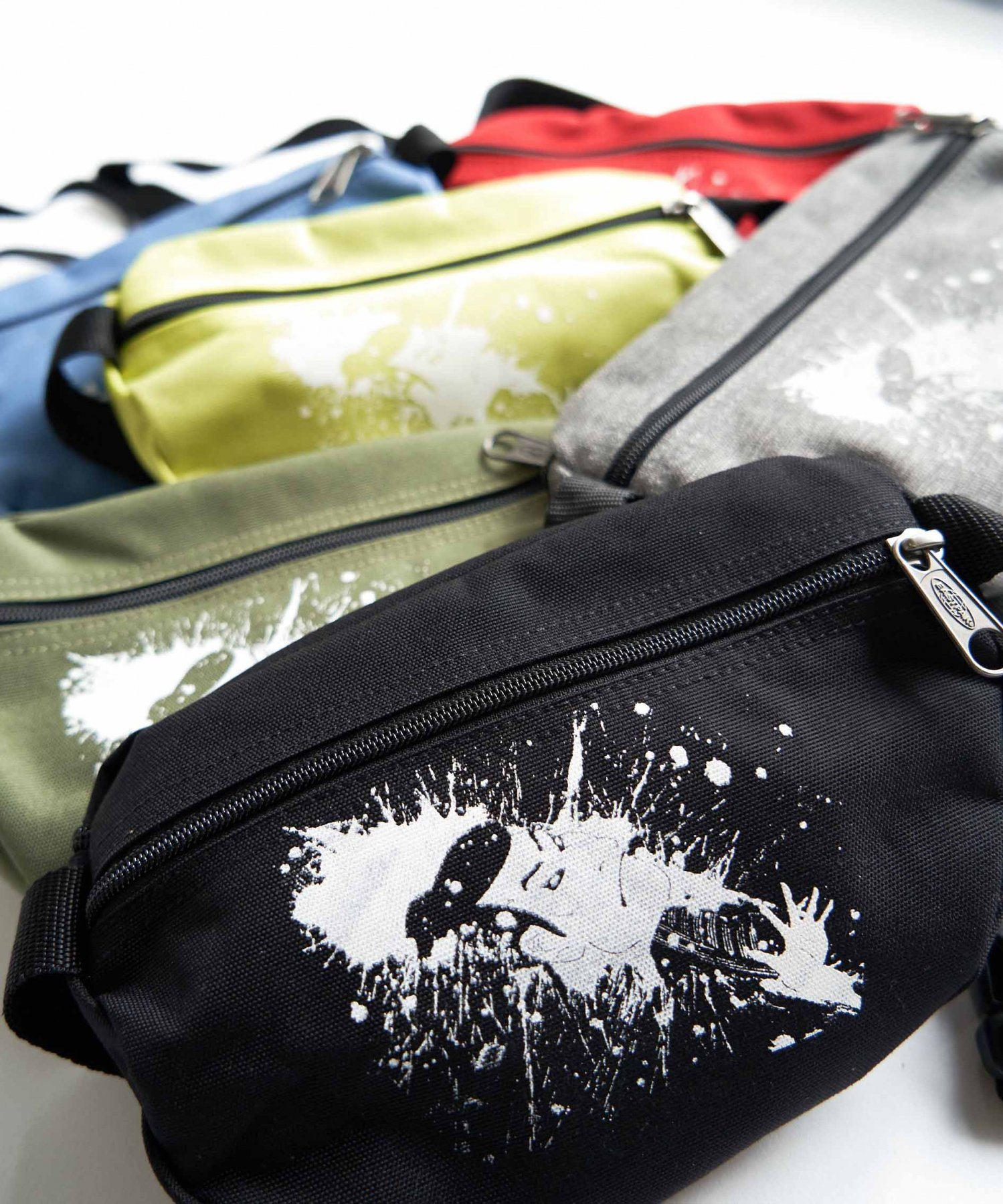 <img class='new_mark_img1' src='https://img.shop-pro.jp/img/new/icons20.gif' style='border:none;display:inline;margin:0px;padding:0px;width:auto;' /><ZERO WASTE>【REBIRTH PROJECT × EASTPAK 】SPRINGER by 柏原晋平
