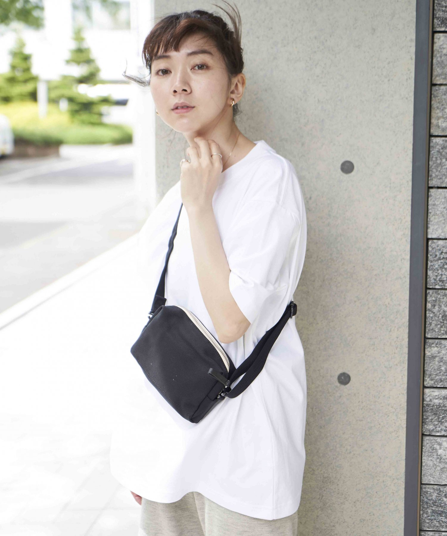 <img class='new_mark_img1' src='https://img.shop-pro.jp/img/new/icons15.gif' style='border:none;display:inline;margin:0px;padding:0px;width:auto;' />【QWSTION】HIP POUCH / BANANATEX® BLK