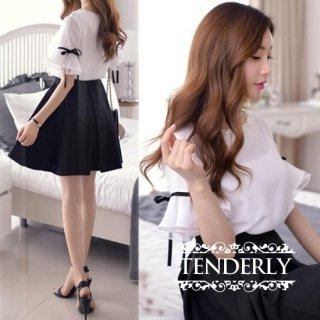 お嬢様風フリルリボン袖 黒フレアスカートのセットアップ 白黒