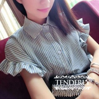 キュートなフリル袖 ストライプ柄ガーリーシャツ ブラウス 水色