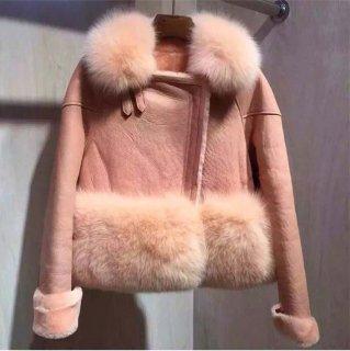 ショート丈 着回し◎暖かファー付きコート