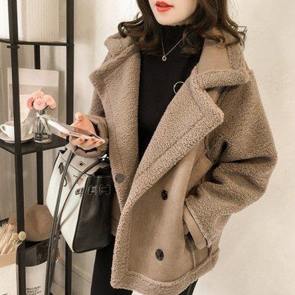 モコモコのボア生地がかわいいビックシルエットのおしゃれジャケット 3色
