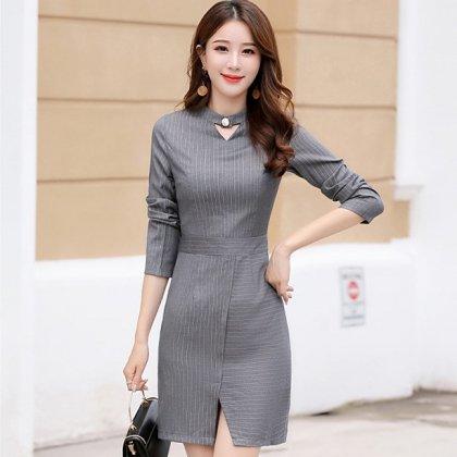 フォーマルやお呼ばれにも 細ストライプが上品でおしゃれな袖ありタイトワンピース 3色