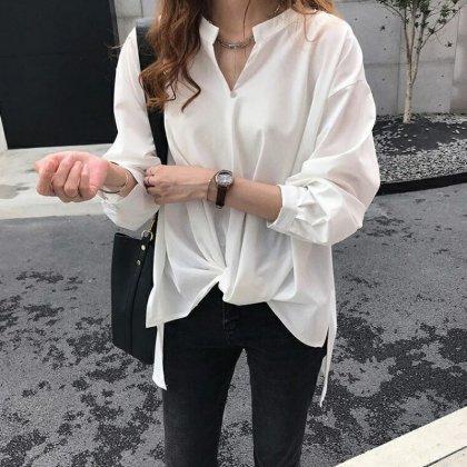 オフィスカジュアルや通勤にも シンプルかわいい長袖スキッパーシャツ ブラウス 3色