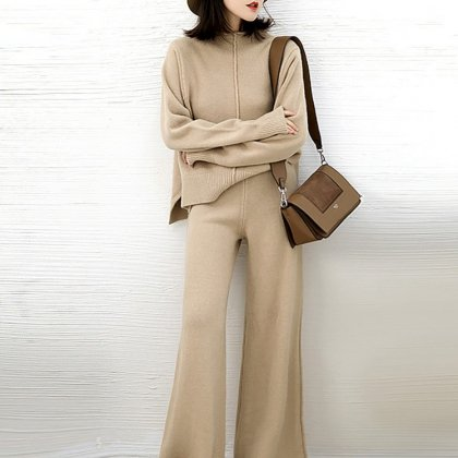 大人のオフスタイルに きれいめでおしゃれなセンターラインの長袖パンツセットアップ 2色