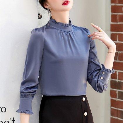 オフィスやフォーマルにも 上品かわいいフリルネックの長袖ブラウス 2色