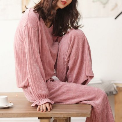 秋冬のルームウェアに キャンディ袖がかわいいワイドパンツのリブニットセットアップ セパレートパジャマ