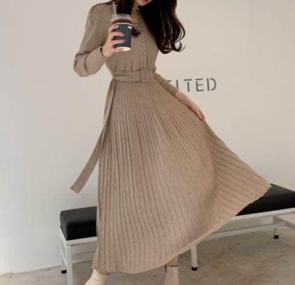 人気の海外デザイン 上品かわいいプリーツスカートのきれいめロングワンピース 2色