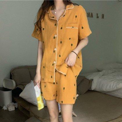 上下2点セット  個性的でおしゃれなキャロット柄のセパレート半袖パジャマ 2色