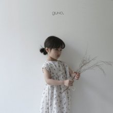 back ribbon ops <br>flora<br>『guno・』<br>19SS <br>定価<s>4,080円</s><br>XS