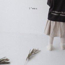 gus skirt<br>muji beige<br>『 l'eau 』<br>19FW 定価<s>3,080円</s><br>