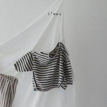 leau stripe T <br>black<br>『 l'eau 』<br>19FW<br>定価<s>1,900円</s><br>L/XL
