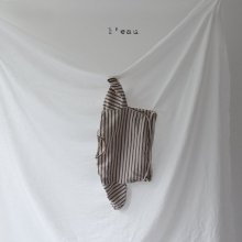 leau stripe T <br>beige<br>『 l'eau 』<br>19FW<br>定価<s>1,900円</s><br>XL