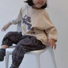 Be groovy T<br>brown letter<br>『guno・』<br>19FW 定価<s>1,900円</s><br>