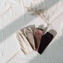 Basic ribbed leggings<br>4 color<br>『nunubiel』<br>20SS <br>定価<s>1,480円</s><br>beige/M