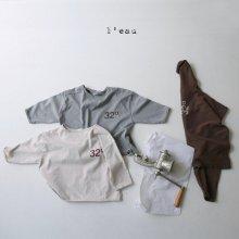 32 T<br>grayish beige<br>『l'eau』<br>20FW<br>定価<s>2,200円</s><br>