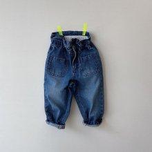 Banding denim pants<br>blue denim<br>『viviennelee』<br>20FW <br>定価<s>4,700円</s>