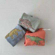 Dinosaur Sweatshirt/21<br>3 color<br>『lala land』<br>21 SS<br>定価<s>2,600円</s>