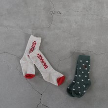 guno socks set <br>lettering set<br>『guno』<br>21FW<img class='new_mark_img2' src='https://img.shop-pro.jp/img/new/icons13.gif' style='border:none;display:inline;margin:0px;padding:0px;width:auto;' />