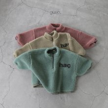 hac T <br>green<br>『guno・』<br>21FW<img class='new_mark_img2' src='https://img.shop-pro.jp/img/new/icons13.gif' style='border:none;display:inline;margin:0px;padding:0px;width:auto;' />