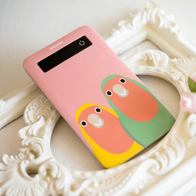 SMILE BIRD モバイルバッテリー(コザクラインコ) 商品の様子