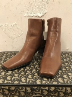 Vintage Brown Leather Heel Boots 25cm<img class='new_mark_img2' src='https://img.shop-pro.jp/img/new/icons50.gif' style='border:none;display:inline;margin:0px;padding:0px;width:auto;' />