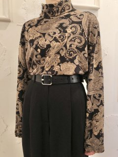 Vintage Paisley Print Turtleneck Black/Beige L~XL<img class='new_mark_img2' src='https://img.shop-pro.jp/img/new/icons50.gif' style='border:none;display:inline;margin:0px;padding:0px;width:auto;' />