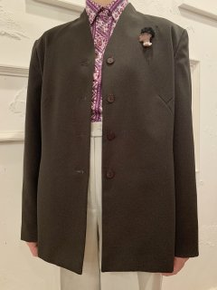 Vintage Brown Collarless Tailored Jacket with Brooch sizeM<img class='new_mark_img2' src='https://img.shop-pro.jp/img/new/icons50.gif' style='border:none;display:inline;margin:0px;padding:0px;width:auto;' />